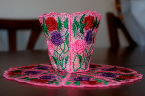 FSL 4x4 Rose Bowl & Doily Set